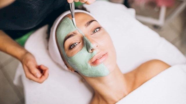 Online Luxury Spa Facial Training Cpd Accredited Course Reed Co Uk
